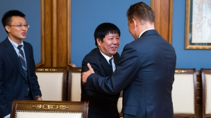 Huang Weihe, Vice President of PetroChina met with Alexey Miller, Chairman of Gazprom's Management Committee (Photo: Gazprom)